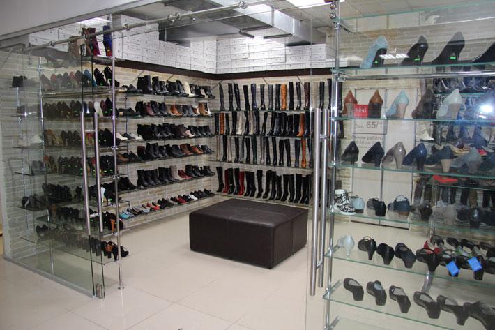 Магазин обуви на Автозаводской KingShoe КингШу павильон 65, 1 этаж
