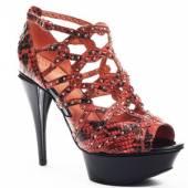 Красивые женские туфли