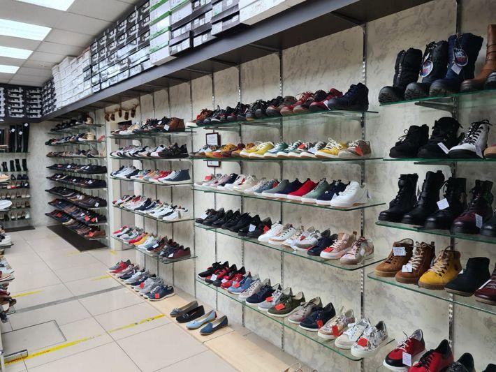 Магазин обуви на Автозаводской KingShoe КингШу павильон 11-12/1, 1 этаж