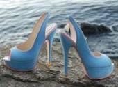 Оттенки синего цвета в обуви и их сочетание
